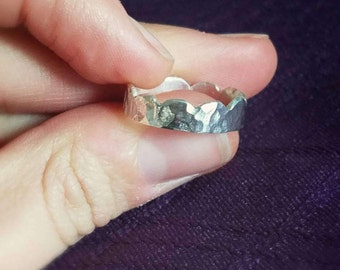 Scalloped Hammered Ring - Sterling Silver