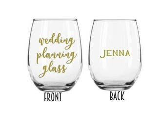 Personalized Wine Glasses, Bridesmaid Gift, Wedding Planning, Wedding Favors, Custom Bridal Party Gifts, Bridal Shower Favors, Wine Planning