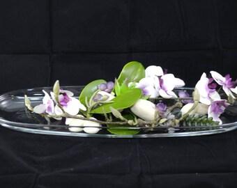 Coupé en verre avec Phalenopsis - glass bowl with Phalenopsis - oblong glass dish with phalenopsis