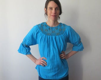 Vintage '60s/'70s Bright Turquoise Gauzy Cotton, Bell Sleeve Bohemian Tunic Shirt, Small / Medium