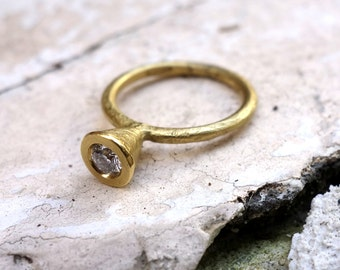 Geometric Engagement Ring Unique Solitaire Diamond ring in Handmade Jewelry Unusal Engagement Ring Solid Gold Ring Wedding Delicate ring