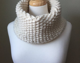 Chunky cowl, hand knit, cream with gold threads