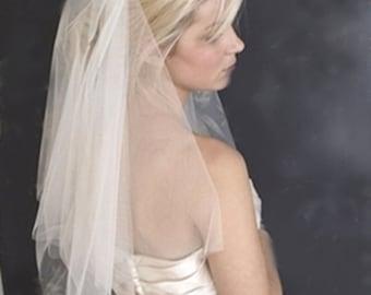 Short Wedding Veil, Ivory Bridal Veil, Raw Edge Bridal Veil, Two Tier Veil, Blusher Veil, Short Ivory Veil, White Ivory Blush Champagne