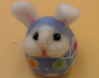 Easter Bunny, Easter Egg :  Needle felted soft sculpture