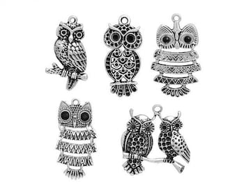 5 large owls owls 37mm matte silver charms