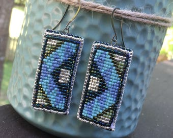 Rectangular beaded earrings