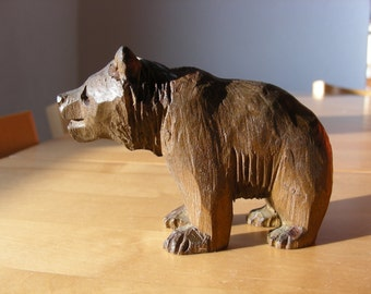 Vintage hand carved Swiss bear from Brienz