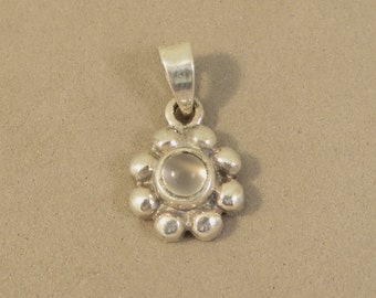 Sterling Silver Genuine Small Cabochon MOONSTONE Flower Pendant Charm Bloom .925 Sterling Silver New CP18