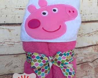 Peppa Pig Hooded Towel, Peppa the Pig Towel, Pink Pig Hooded Towel, Peppa Pig Towel, Peppa Pig Bath Wrap, Girls Towel, Bath Towel,