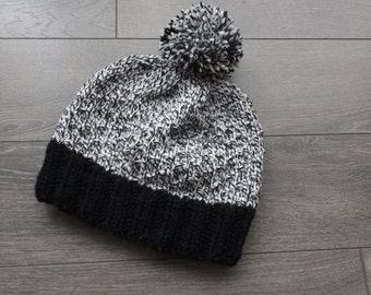 black and white hat up to 2 years