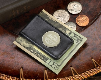 Personalized Leather Magnetic Money Clip - Monogrammed Leather Money clip - Personalized Money Clip - Groomsmen Gifts - (GC1042)