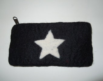 Hand-felted pencil bag or cosmetic bag with zipper with a star
