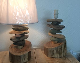 Pair of driftwood and pebbles table lamps. Height 30 cms  Bedside lamps