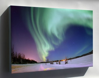 Canvas 24x36; Aurora Borealis, Or Northern Lights, Bear Lake Alaska