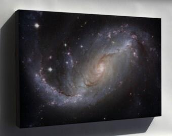 Canvas 16x24; Spiral Galaxy Ngc 1672 Hst