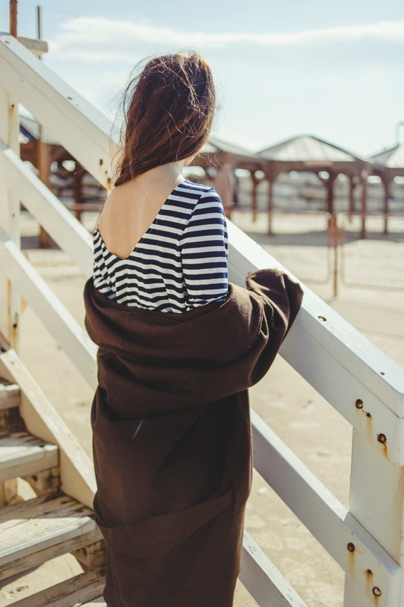 Long Sleeve Open Back Stripe Shirt