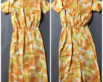 Vintage 60s dress / 1960s dress / day dress / wiggle dress / watercolor dress / secretary dress  / M5163