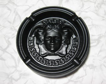 Black medusa Gorgon home ashtray gargon girl head wooden table decoration paperweight wood box round Greek key in tray