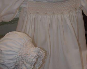 Ivory Winter 100% Cotton Twill Smocked Baby Dress & Bonnet Set - Size 3-6 months