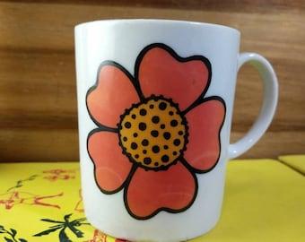 Retro Mod Red and Orange Floral Japan Mug