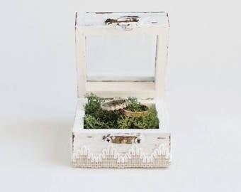 White wedding box Wedding ring box Glass ring box Moss ring bearer box Proposal Box Shabby Chic Ring Box Wedding Holder Ring Bearer Pillow