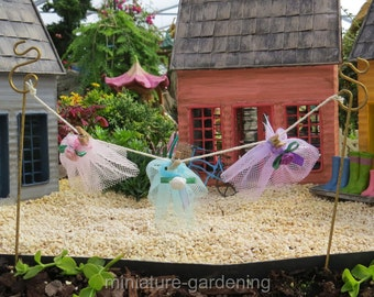 Fairy Clothesline Pick for Miniature Garden, Fairy Garden
