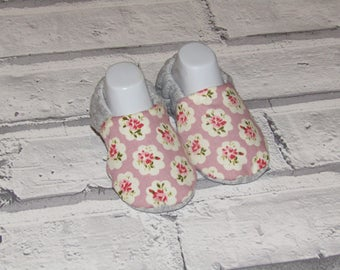 Flowery Cath Kidston style baby booties, available in sizes up to 24months, Unique, Fun & Cute