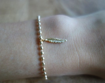 Boho bracelet gold gold filled chain, fine pen