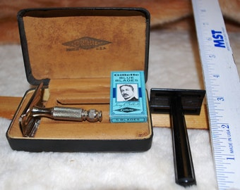 Gillette Bakelite and Small Razor, Unopened Box of Blades