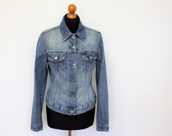 Womens  Blue Denim Jacket Fitted denim blazer washed light blue Jean Jacket Boho Jeans Buttons Up  Size Medium