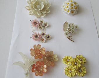 6 Vintage Flower Pins Soft Plastic Clip Earrings Coro Brooch Lot Springtime Pin