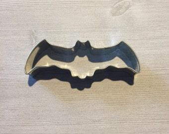 4.5 inch Bat cookie cutter - baking supply, halloween party, Batman birthday, kids birthday, baby shower, cookie supply, Halloween cookies