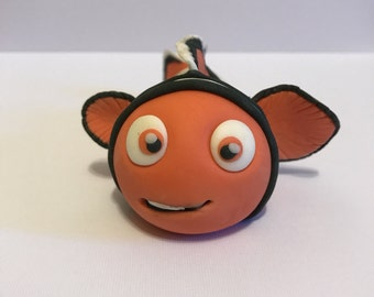 Nemo adorable edible fondant cake topper  perfect for a children's birthday, an Under The Sea Party, or a Finding Nemo / Dori cake!!