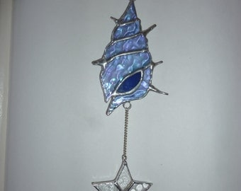 Stained glass Seashell with star.Shellfish suncatcher