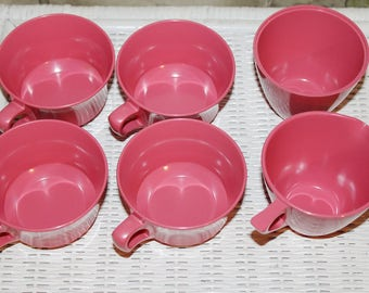 Vintage Mid Century Allied Chemical Melmac Hot Pink Coffee / Tea Cups / Set of 4 w/ Matching Sugar Bowl & Creamer Jug