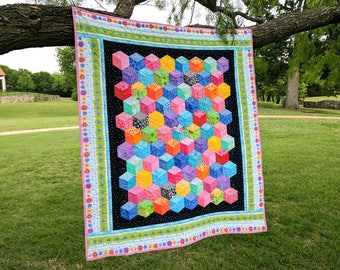 Baby Quilt - Tumbling Block Quilt - Patchwork Quilt