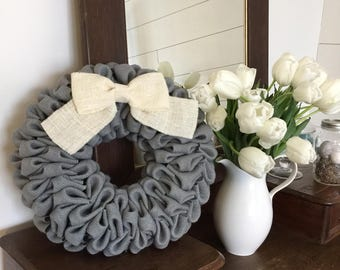 Grey burlap bubble wreath with bow - Spring wreath - Easter wreath