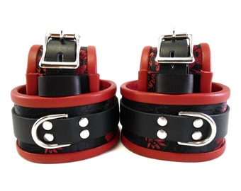 BDSM Bondage Cuffs and Slave Collar with Blindfold in Red Brocade