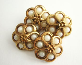 4 Gold and White flower buttons with shanks, 1 inch buttons, Unused vintge supplies!!