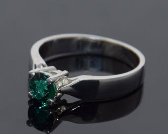 Emerald ring, Solitaire ring, Promise ring, Emerald promise ring, Silver emerald ring, 925 emerald ring, 925 solitaire ring, Elegant ring
