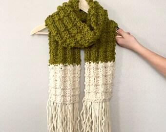 Chunky Knit Scarf//Tassel Scarf//Long Knit Scarf//Green Scarf//Waffle Stitch Scarf//Oversize Scarf//Long Scarf//Knit Scarf//Large Knit Scarf