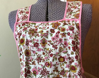Vintage Apron-Beautifully Handmade-Sewn-Mid Century-Pink-Red-White-Floral Apron