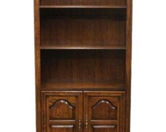 AMERICAN DREW English Oak Style 34″ Cabinet Bookcase Wall Unit 80-582