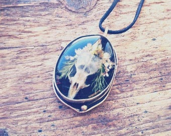 Necklace bones of real skull mouse skull taxidermy real dried flowers unique