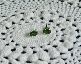 Chrome Diopside 1.00 TCW 6 x 4 MM Oval Sterling Silver Stud Earrings