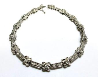diamond bracelet pave set in 18k white gold