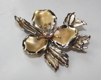 Vtg 50's Floral Brooch