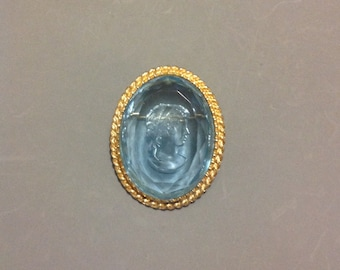 Aqua Glass Cameo Brooch/ Vintage Glass Intaglio Brooch/Gold-tone Setting/Pale Blue Oval Glass Cabochon