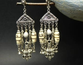 Earrings ethnic totem pearls in yak bone and silver metal