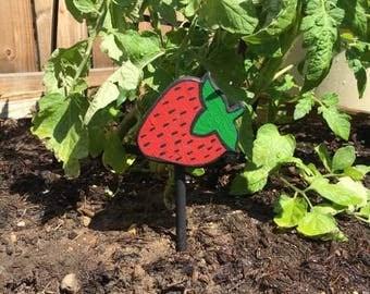 Garden Marker, Plant Marker, Garden Identifier, Strawberry, Garden Art, Yard Art, Yard Decoration, Garden Stakes, Gifts for Gardeners